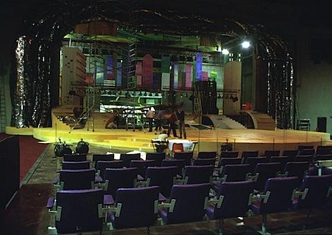 1979 MissUniv stage a.jpg