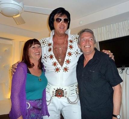 Lolita Elvis & Robbie in Vagas.jpg