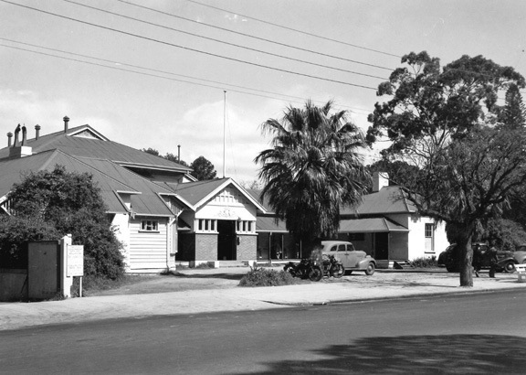 Public_Offices,_Perth_1947.jpg