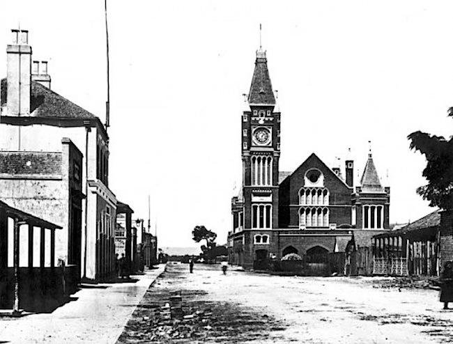 01-Perth Town Hall.jpg