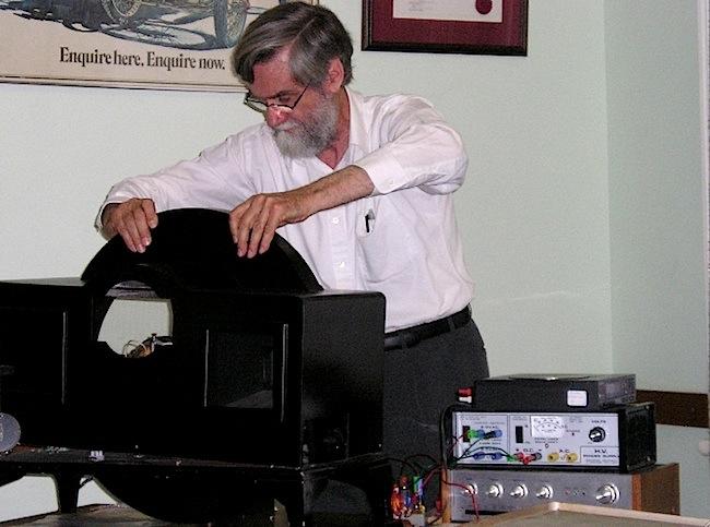TV4-03-Richard Rennie in 2006.jpg