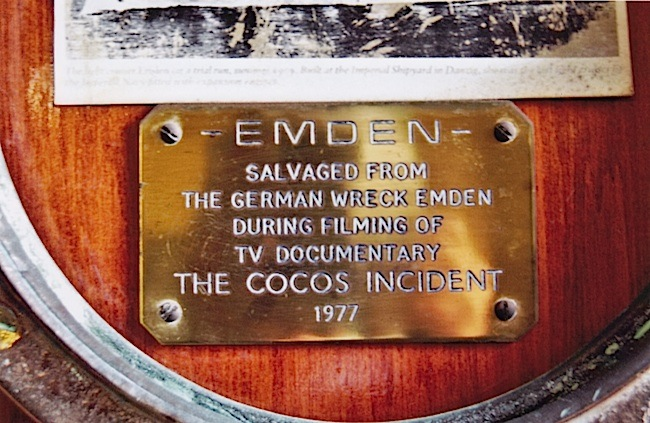 10-Emden porthole plaque.jpg