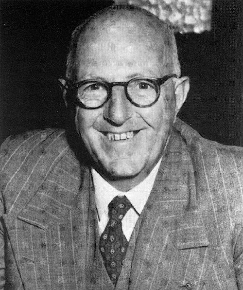 00-6PM Poppa Frank Witford in 1934.jpg