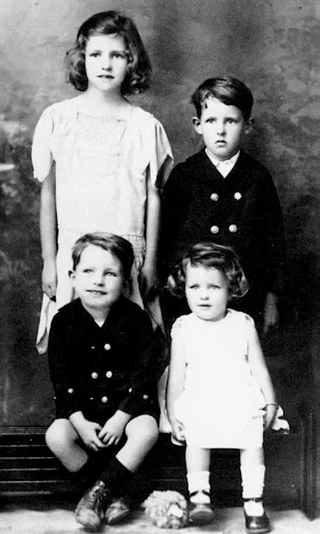 02 JWC was the Third child of Six.jpg