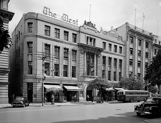 06 Newspaper House in the 1950s.jpg