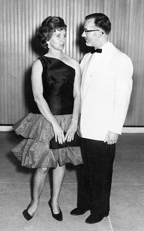 09 Annette and Jan at 1964 TVW Ball.jpg